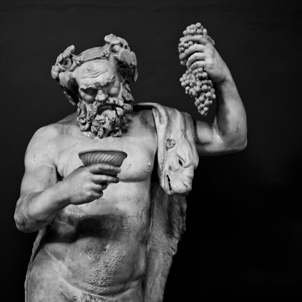 Dionysus Heykeli